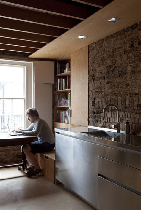 jonathan tuckey design frame house hic arquitectura