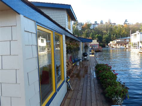 sleepless in seattle house sleepless in seattle floating home
