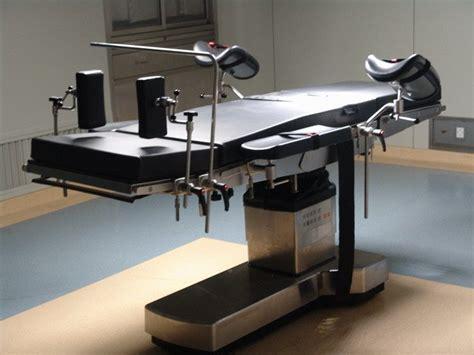 Meja Operasi Elektrik jual meja operasi manual persamaan meja op manual dan