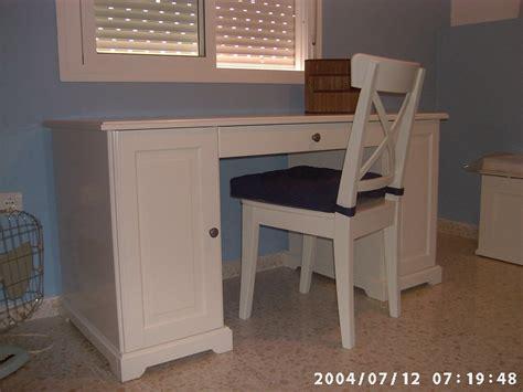 escritorios plegables ikea modelos de escritorios de madera para ni 241 os imagui
