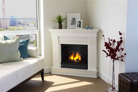 Decorating Ideas For Corner Fireplace by Decorate Your Home With A Corner Fireplace Mantel