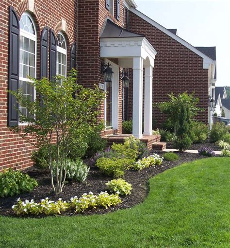 Front Door Garden 25 Best Ideas About Front Door Landscaping On Front Walkway Landscaping Easy