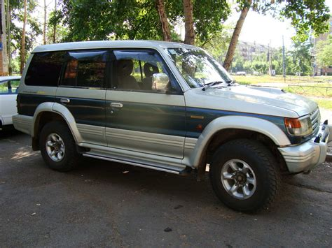 how does cars work 1993 mitsubishi pajero head up display 1993 mitsubishi pajero pictures 2 8l diesel automatic for sale