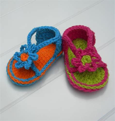 crochet baby sandals pattern baby strapey sandal crochet pattern by smeckybits craftsy