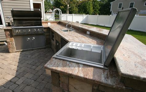 outdoor kitchen countertops custom built outdoor kitchens 2007 lazy l