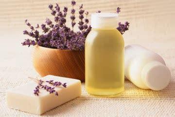 Bantal Sehat Bantal Aromaterapy Harum Lavender merawat kulit dan rambut dengan lavender essential hut