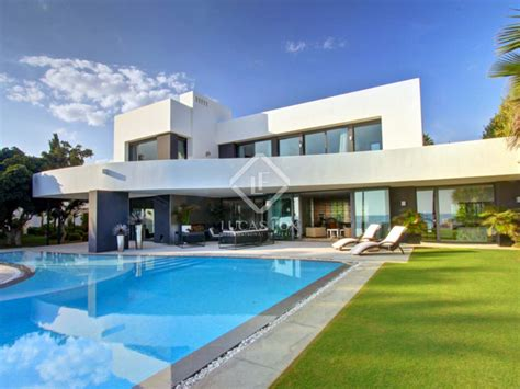 6 bedroom villa 6 bedroom villa for sale in los monteros playa