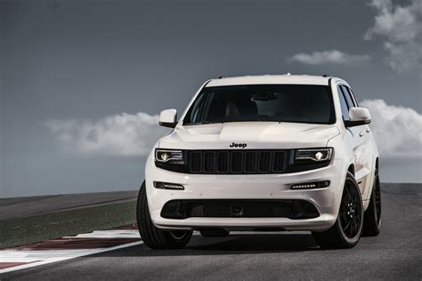 Evolution Of Jeep Grand Jeep Grand Lineup Grows With Srt Edition In