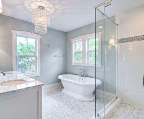 kronleuchter im bad beautiful kronleuchter f 252 r badezimmer images ideas