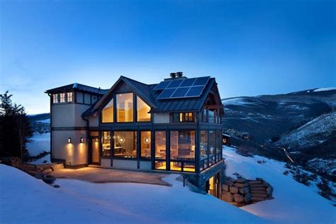 gorgeous colorado vacation home surrounded  snow covered