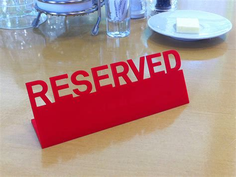 wooden reserved table signs table reserved sign by francfalco thingiverse