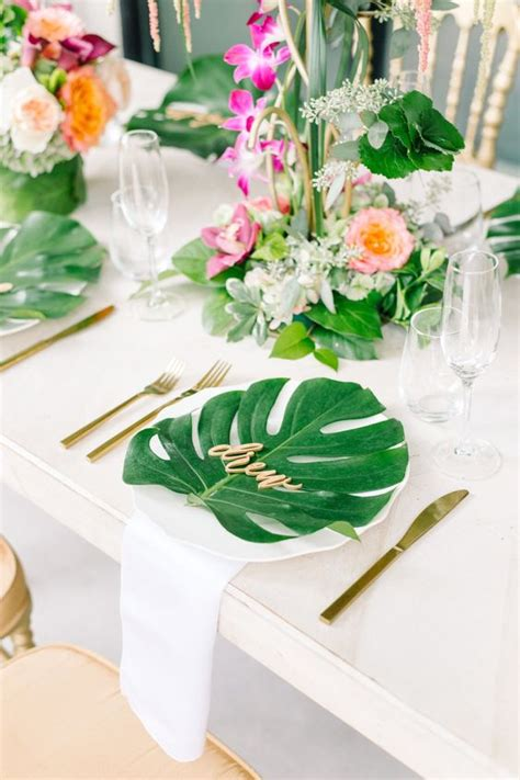 hawaiian table decorations ideas 28 edgy tropical leaf wedding ideas weddingomania