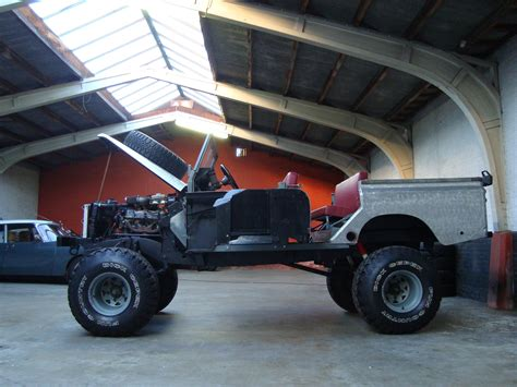 land rover track land rover 109 crew cab raw one o nine v8 station wagon
