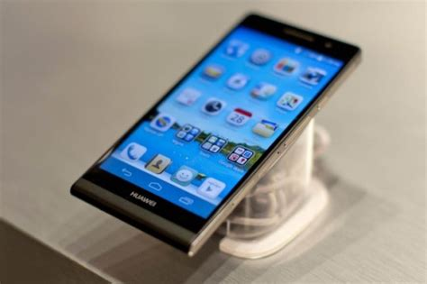 huawei p6 mobile huawei ascend p6 world s slimmest smartphone launched