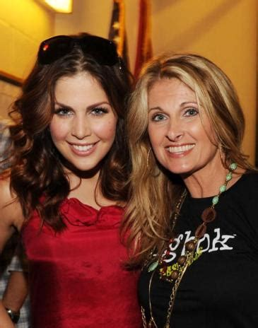 is shania twain a stepmom country s most beautiful moms 171 k frog 95 1 fm and 92 9