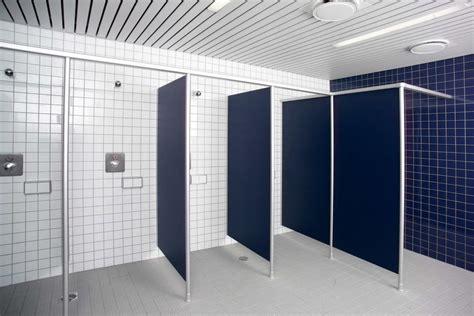 divisori bagni parete divisoria per bagni in hpl vk13 erwil