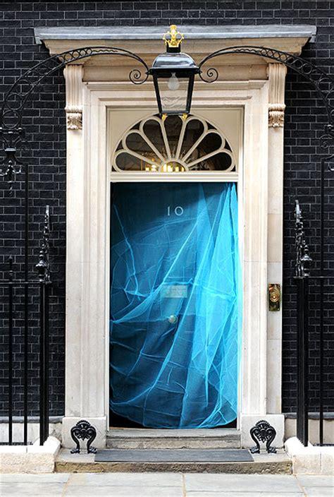casa primo ministro inglese lotta alla malaria la foto giorno corriere della sera