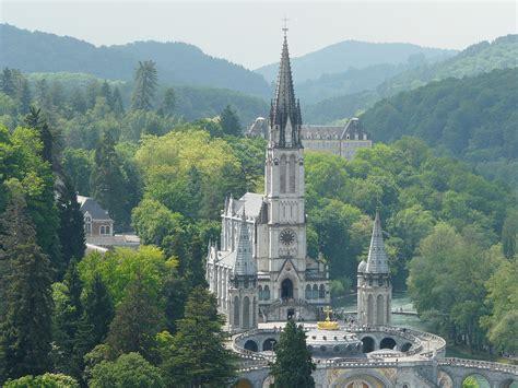 in francia chiesa cattolica in francia