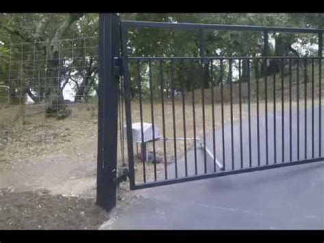 swinging driveway gate uphill swinging automatic gate youtube