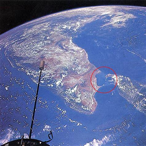 satellite image of ram setu did you dhanushkodi is the place where you can see