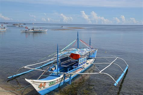 small fishing boat in the philippines puerto princesca