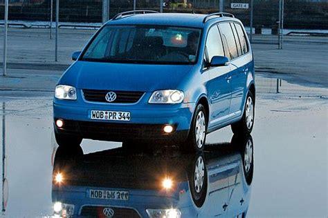 Autobild 100 000 Km Test Vw Touran by Vw Touran 2 0 Tdi Im Dauertest Zweite Heimat Hebeb 252 Hne