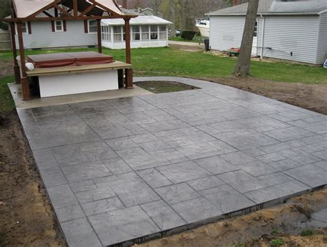 Concrete Patio Designs Layouts Backyard Ideas Sted Concrete Contrast Of Smaller Pavers O Appealing Crushed Floor For