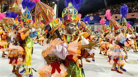 carnaval de brasil imgenes prohibidas desfiles do carnaval de 2017 come 231 am em 24 de fevereiro