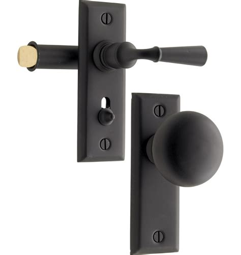 Screen Door Door Knobs by Putman Screen Door Latch Set Rejuvenation