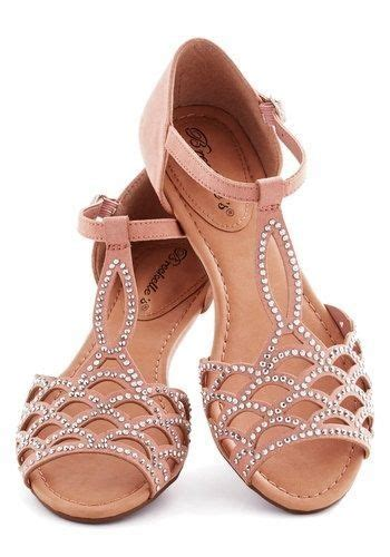 White Cath Flat Sling Back Sandals sandals feetsies sandals shoes shoes sandals