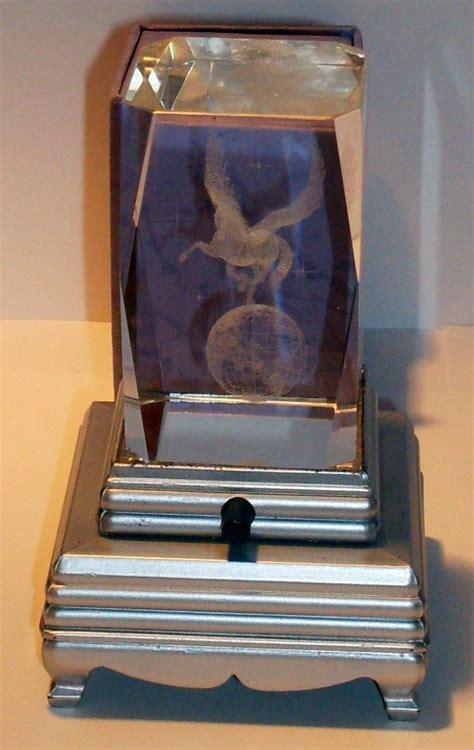 laser engraved crystal with lighted led base laser etched 3d crystal pegasus with lighted led base