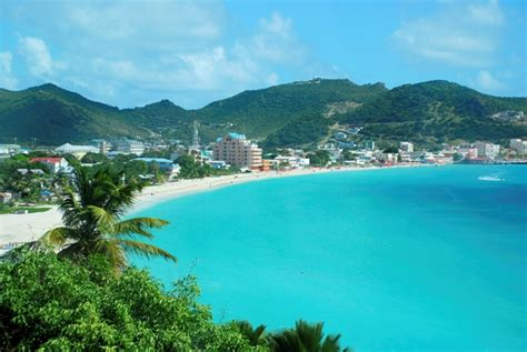 st goes on what side best caribbean destinations for beaches westjet