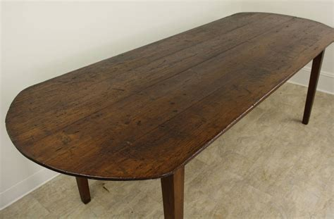 Oval Farmhouse Table by Oval Pine Farm Table At 1stdibs