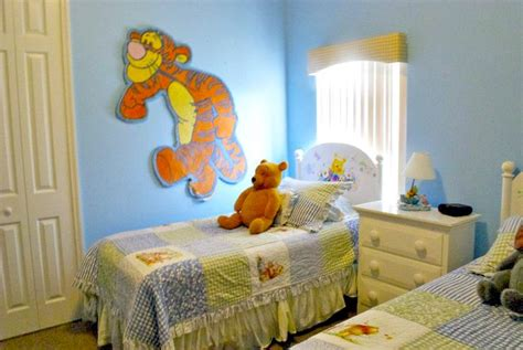 winnie the pooh themed bedroom disney resort addicts delight in a vacation rental home