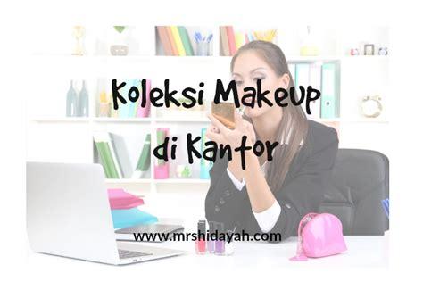 Revlon Microfine Whitening Makeup Powder mrs hidayah koleksi makeup di kantor