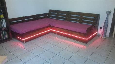 Diy Pallet Sectional Sofa Coffee Table 99 Pallets Pallet Sectional Sofa