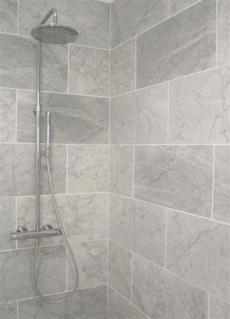 Best Tile For Bathroom Floor And Shower 25 Best Ideas About Large Tile Shower On Shower Niche Master Bathroom Shower And