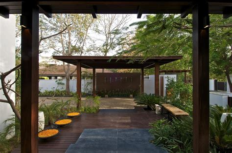 house with courtyard courtyard house by hiren patel architects architecture