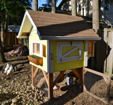 Backyard Chicken Coops Plans by Trictle S Chicken Coop With Plans Backyard Chickens