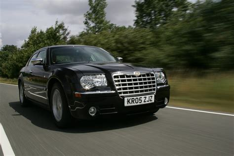 chrysler 300 performance chrysler 300c saloon 2005 2010 driving performance