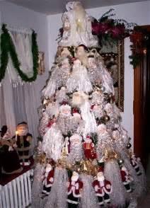 tree themes santa theme christmas tree christmas tree themes color