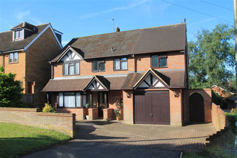 houses for sale with 4 bedrooms 4 bedroom detached house for sale in abbots road abbots