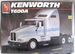 amt 1 25 kenworth t600a semi truck 6976