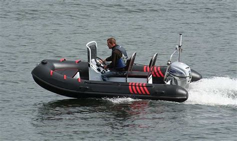 inflatable boats hong kong inflatable boat 3 9 meters long in hong kong
