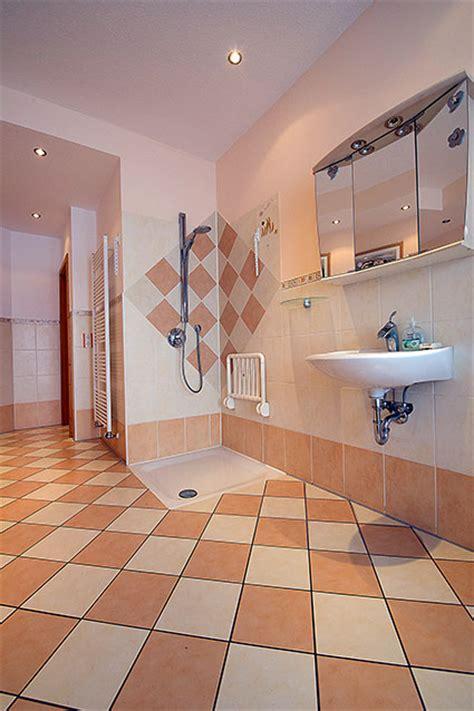fliesen bäderwelt musterb 228 der wir zeigen ihnen unsere badezimmer ideen