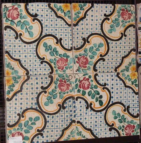 piastrelle siciliane antiche catalogo maioliche