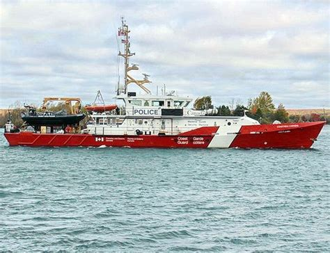 canadian coast guard boats 56 best canadian coast guard images on pinterest