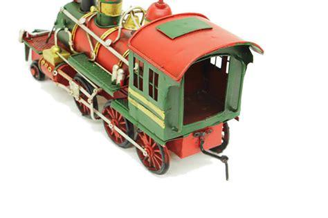 dekoratif metal lokomotif kirmizi mnkhomecom