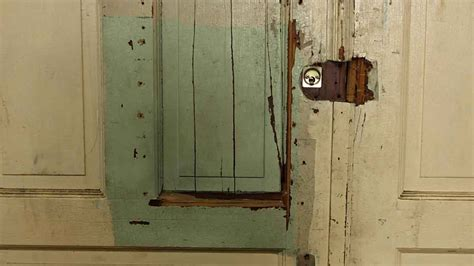 Peephole Front Door Burgundy Door With Peephole Olde Things