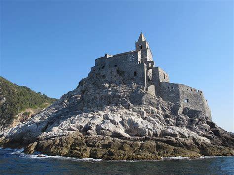 porto di portovenere chiesa di san pietro porto venere